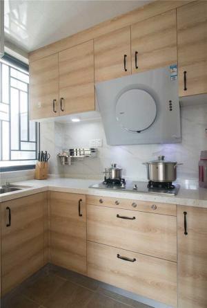 浅木纹厨房小橱柜