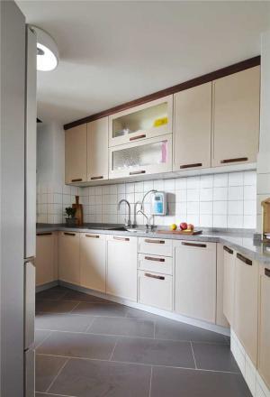 异形整体厨房橱柜