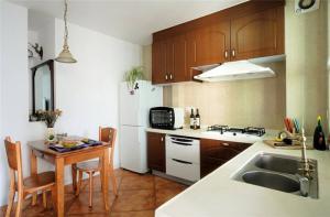 实木厨房小橱柜