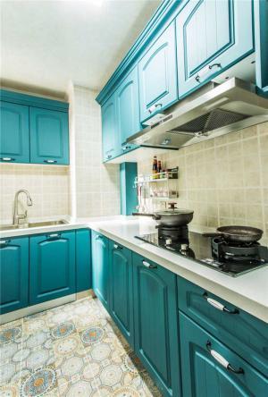 地中海风格整体厨房橱柜